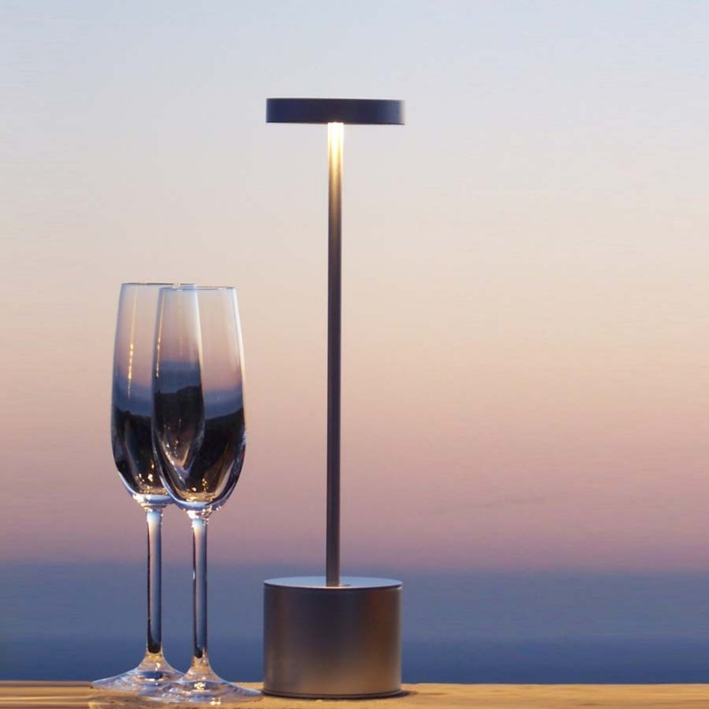 lampe luxciole chrome satin sans fil hisle d co en ligne lampes design. Black Bedroom Furniture Sets. Home Design Ideas