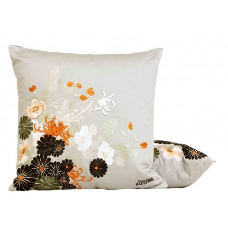 coussin sayoko gris jean paul gaultier d co en ligne coussins. Black Bedroom Furniture Sets. Home Design Ideas