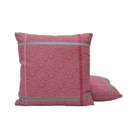 coussin encadres fuchsia jean paul gaultier d co en ligne coussins. Black Bedroom Furniture Sets. Home Design Ideas