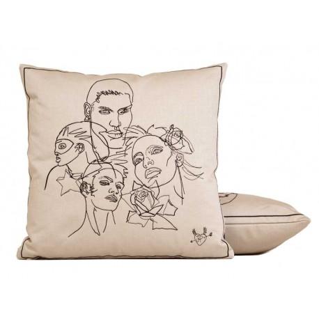 coussin amiti s beige jean paul gaultier d co en ligne coussins. Black Bedroom Furniture Sets. Home Design Ideas